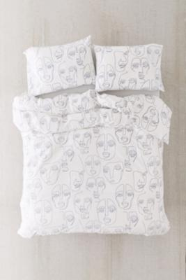 Faces Print Duvet Set With Reusable Fabric Bag - White KING at Urban Outfitters